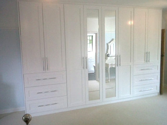 Bourne S Fine Furniture Bespoke Off White Fitted
