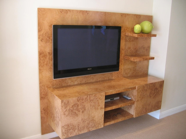 Bourne 39 S Fine Furniture Wall Mounted Tv Unit